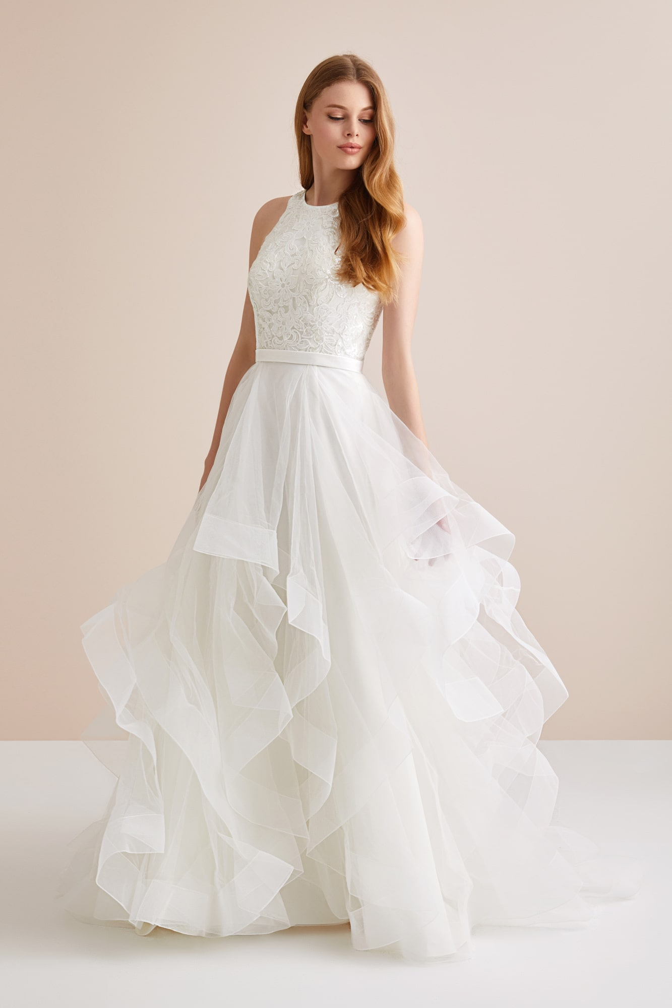 High Fashion Horsehair Wedding Dress