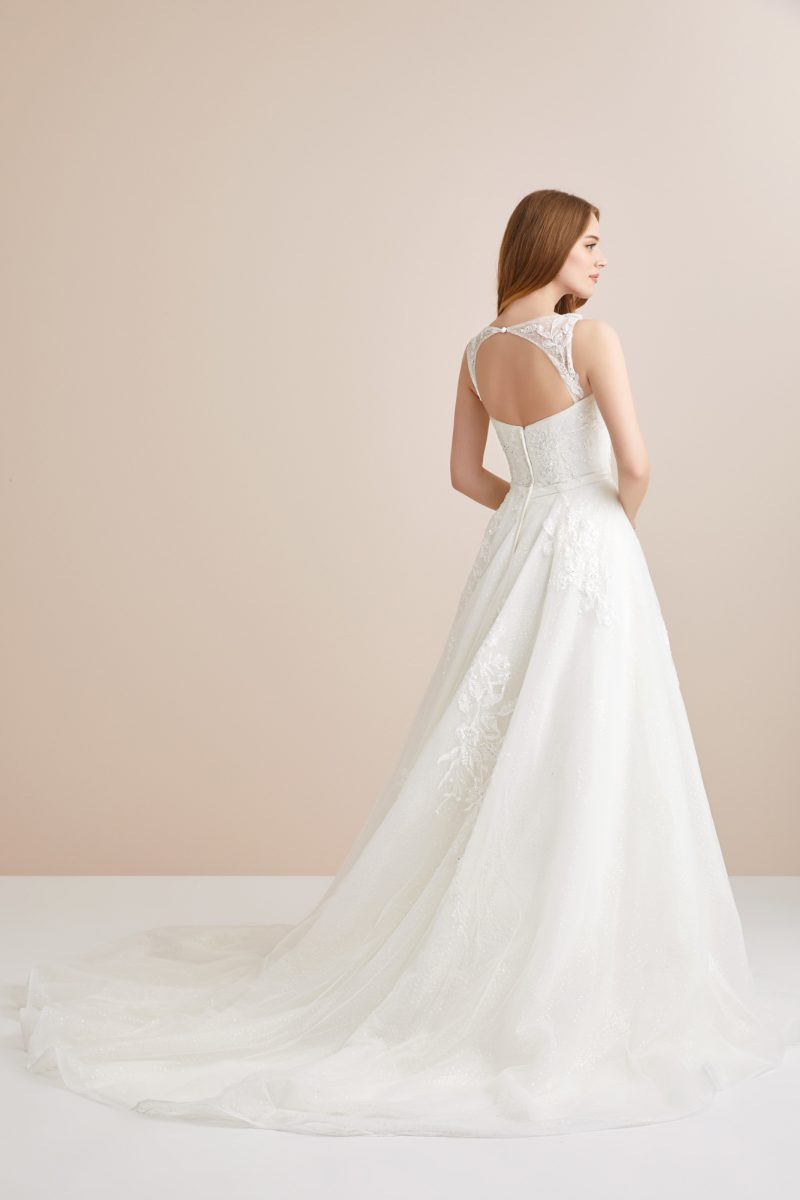 Open-backed Ballgown Wedding Dress
